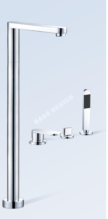 Freestanding bath taps